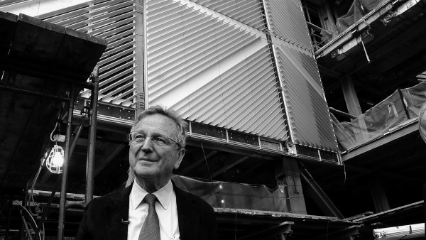 Rafael Moneo. A Theoretical Reflection from the Professional Practice. Archive Materials (1961-2016)